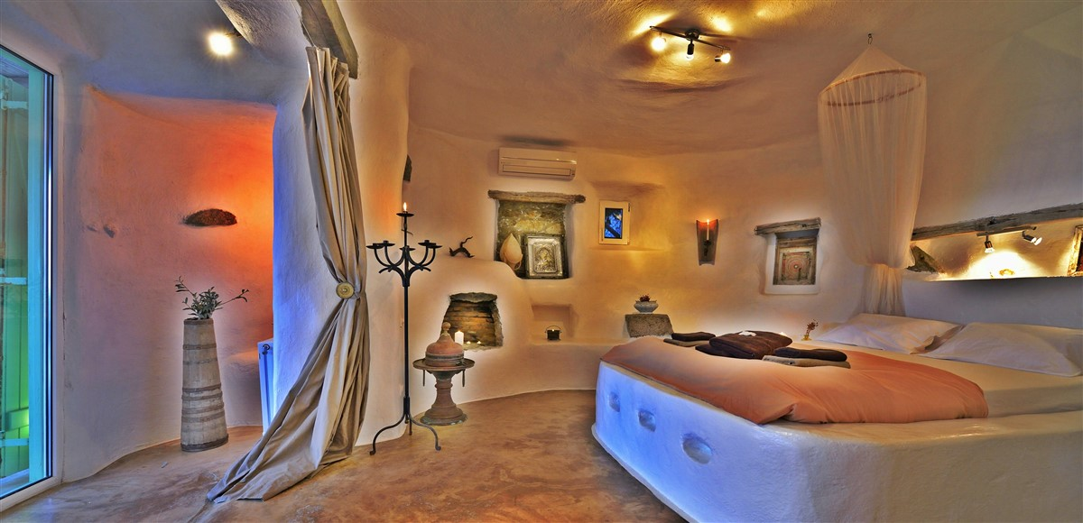 Interior Description Of Villa Drakothea, A Luxurious, Private Villa For  Rent In Mykonos